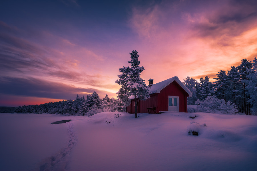 A Mantle of Snow by Ole Henrik Skjelstad on 500px.com