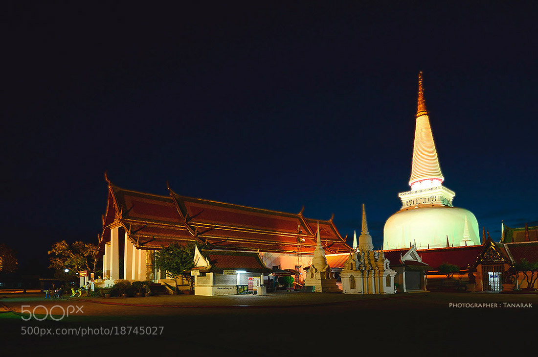 Photograph WAT in Thailand. by Tanarak Tan on 500px
