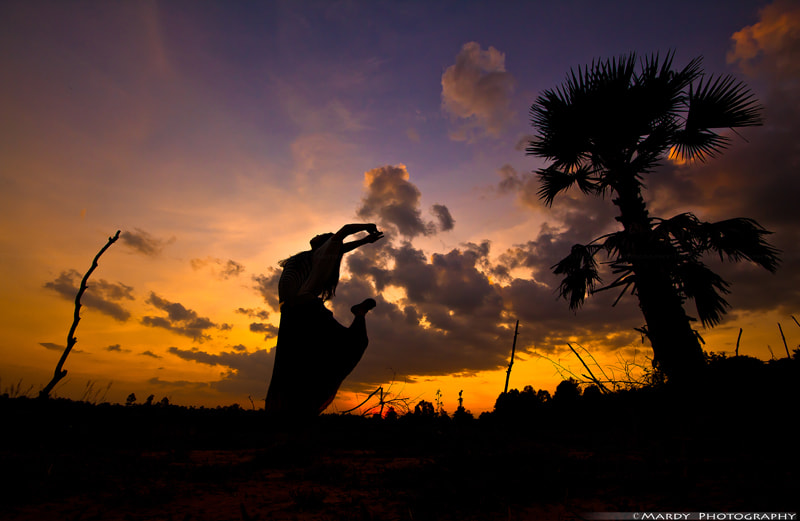 Photograph Act WIth Palm Tree by Mardy Suong Photography on 500px