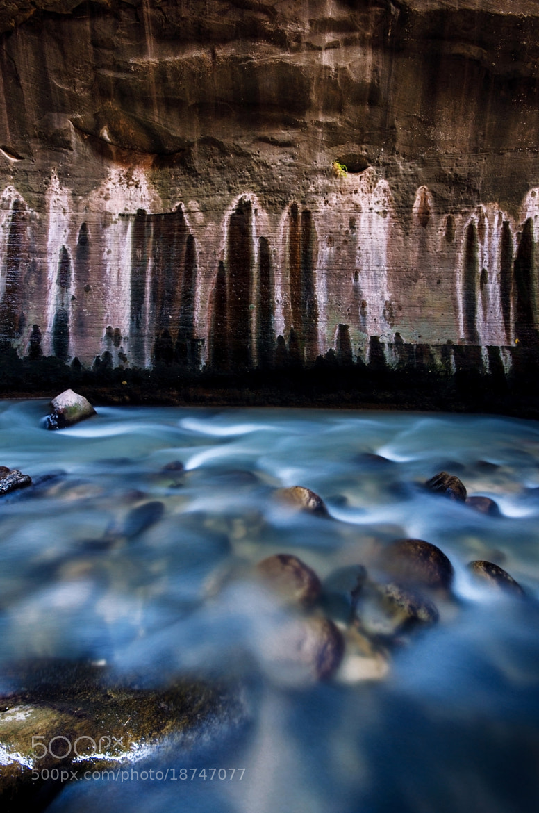 Photograph Painted Wall at the Narrows by Nae Chantaravisoot on 500px
