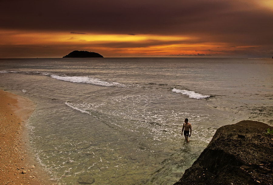 "Photograph ""Alone"" by Sirajuddin Halim on 500px"