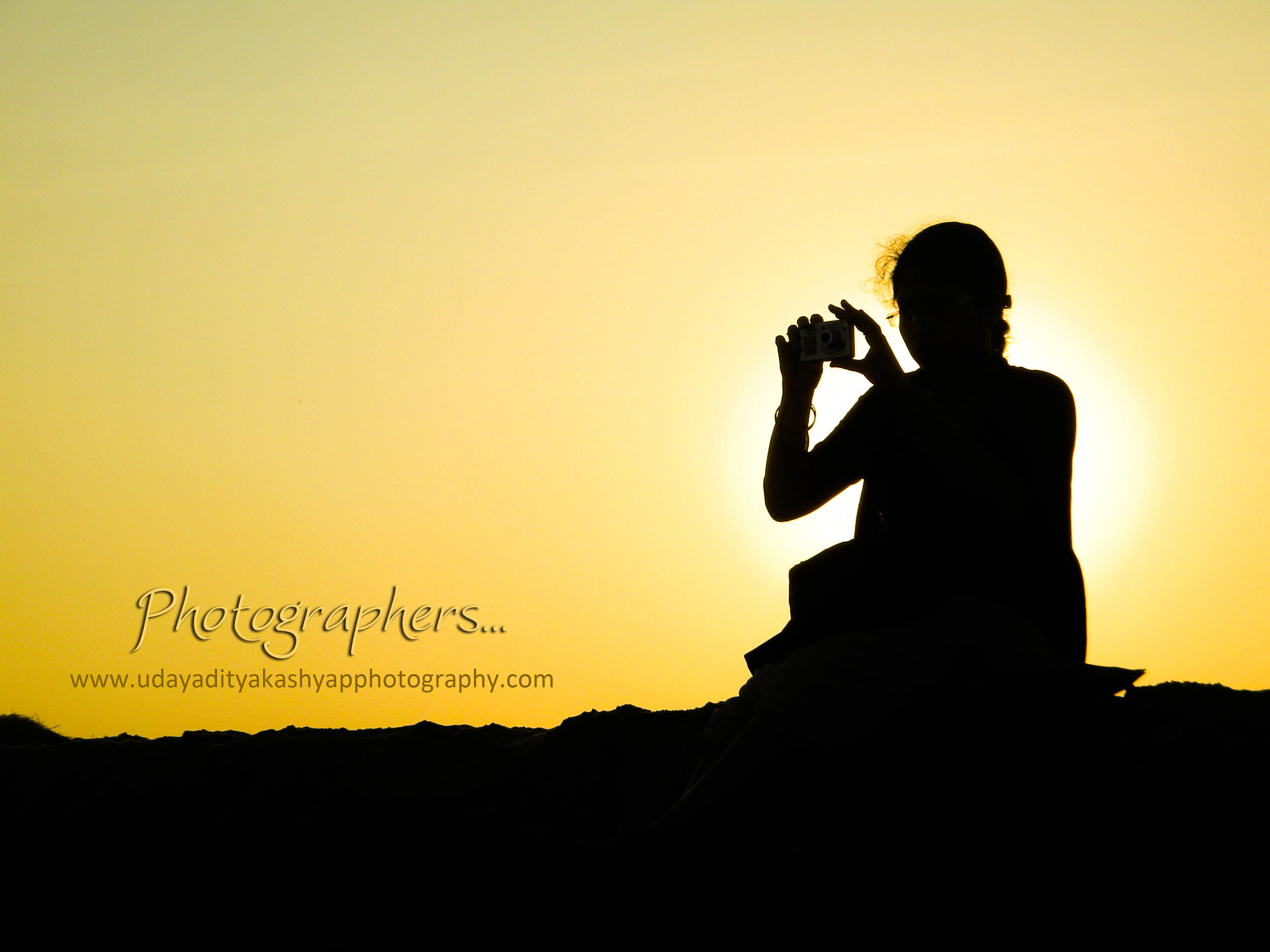 Photograph Silhouette of a photographer... by Udayaditya Kashyap on 500px