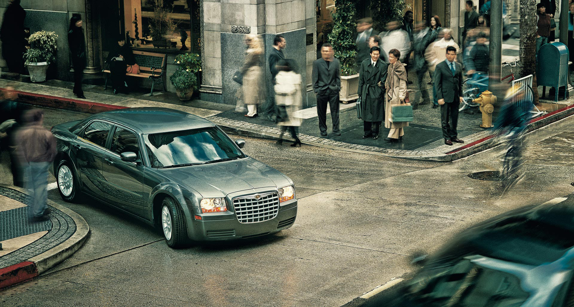 Photograph Chrysler _C300_Street_Scene by Nigel Harniman on 500px