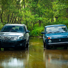 Постер, плакат: Great Wall Hover H3 and Lada NIva