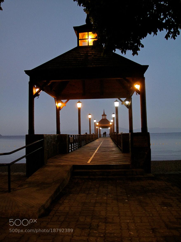 Photograph Puente de Frutillar de noche by Isabella Victoria G.M. on 500px