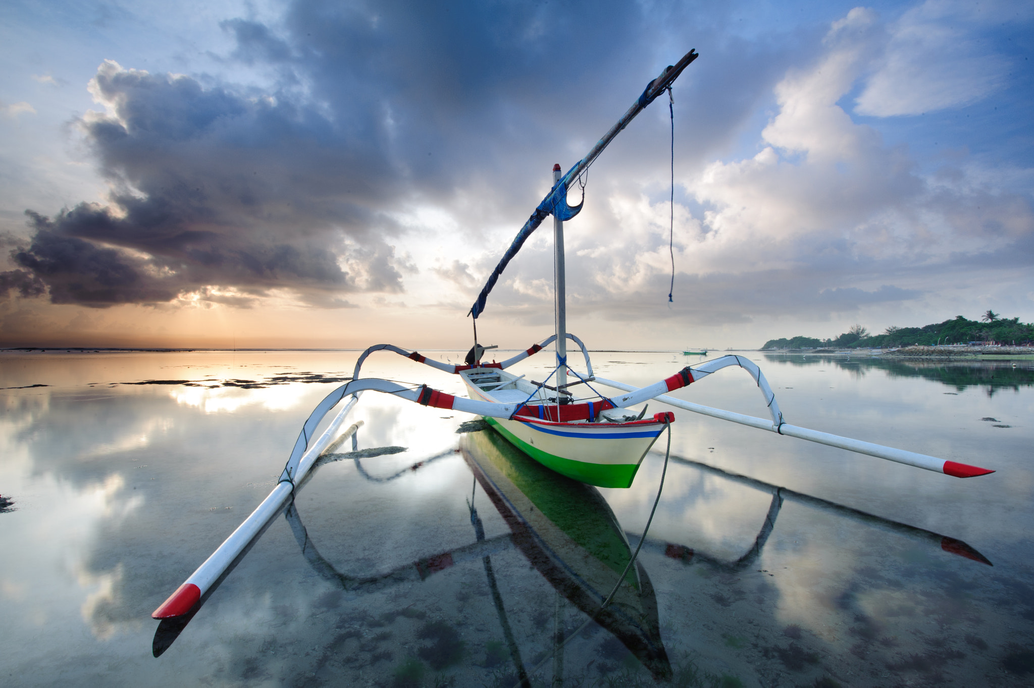 Photograph The Boat by Iswani Jamani on 500px