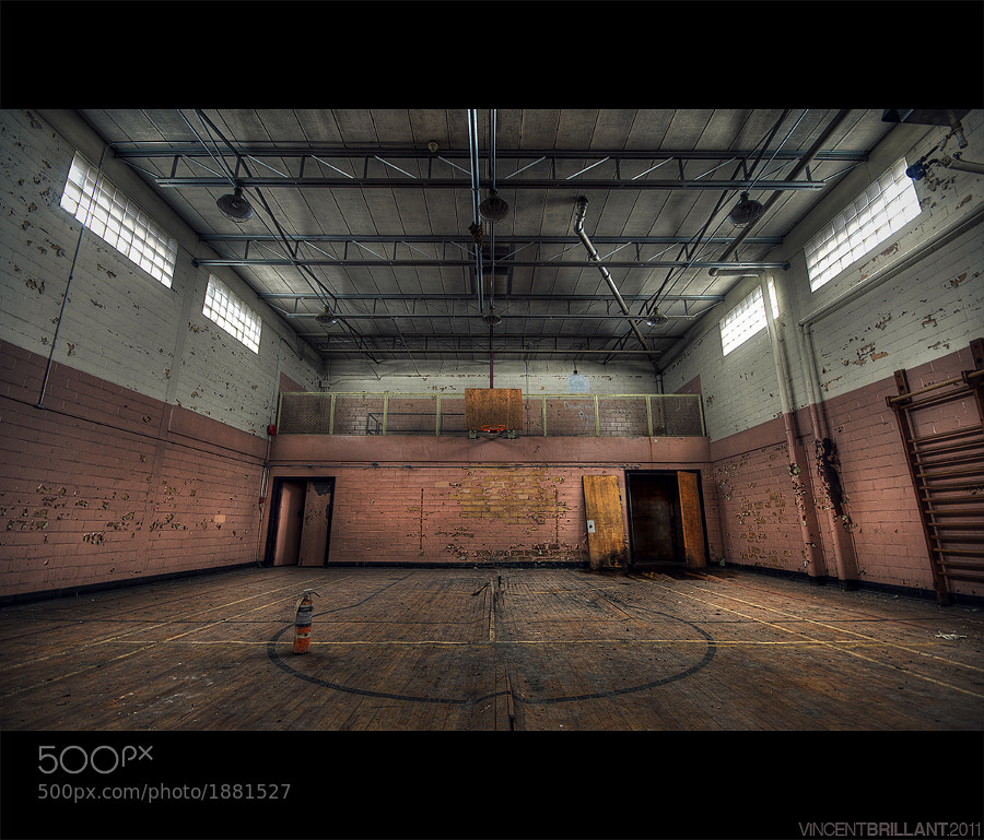 Photograph Gymnase by Vincent  Brillant on 500px