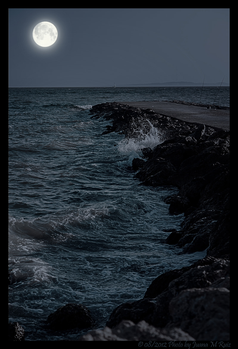Photograph Between the moon and the sea by Juana Maria Ruiz on 500px