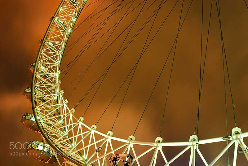 Photograph London Eye at Night by Thomas Chamberlin on 500px