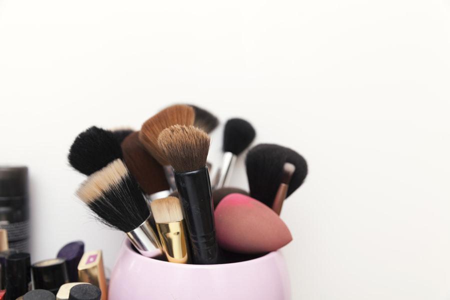 makeup brushes set by Dejan Jekic on 500px.com