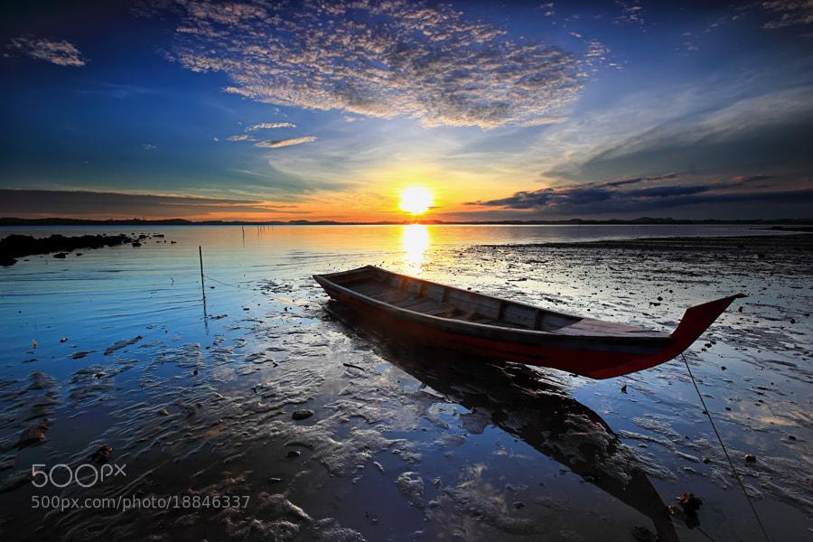 Photograph terdampar by Danis Suma Wijaya on 500px
