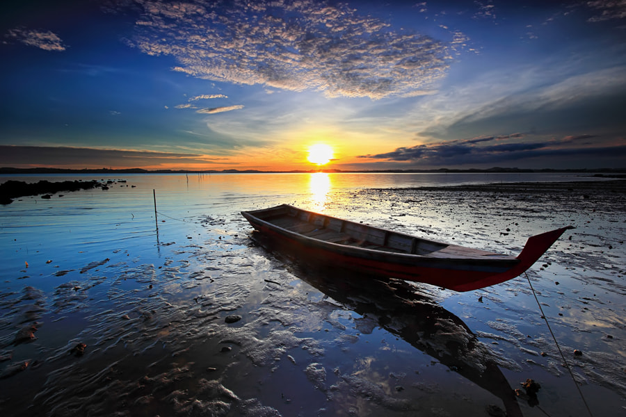 Photograph terdampar by Danis Suma Wijaya on 500px