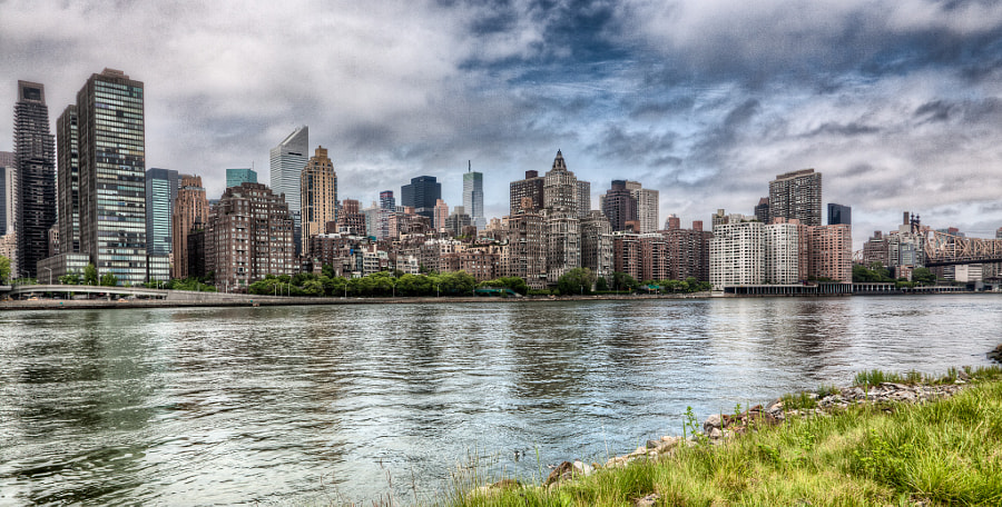 Manhattan's East side seen from Roosevelt Island