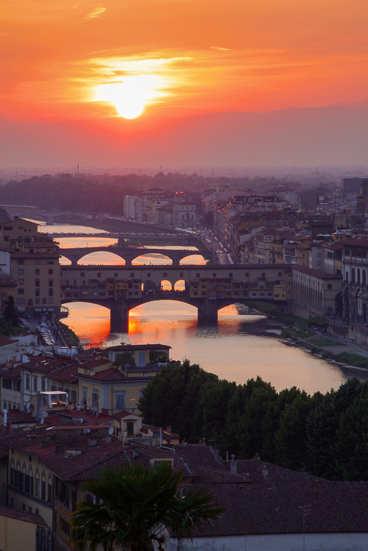 Photograph Ponte Vecchio at sunset by Jeroen van Bakel on 500px