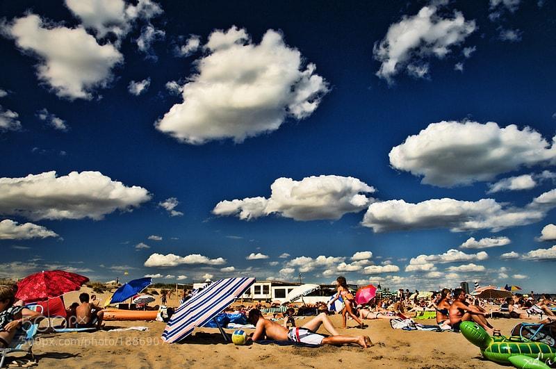 Photograph Ciel ! la plage ! by Xavier D'ABRIGEON on 500px