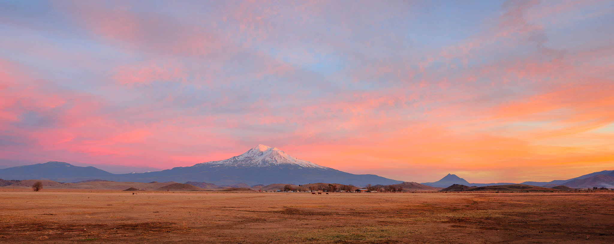 Photograph Grand Finale (Mount Shasta Sunset) by Eric Leslie on 500px