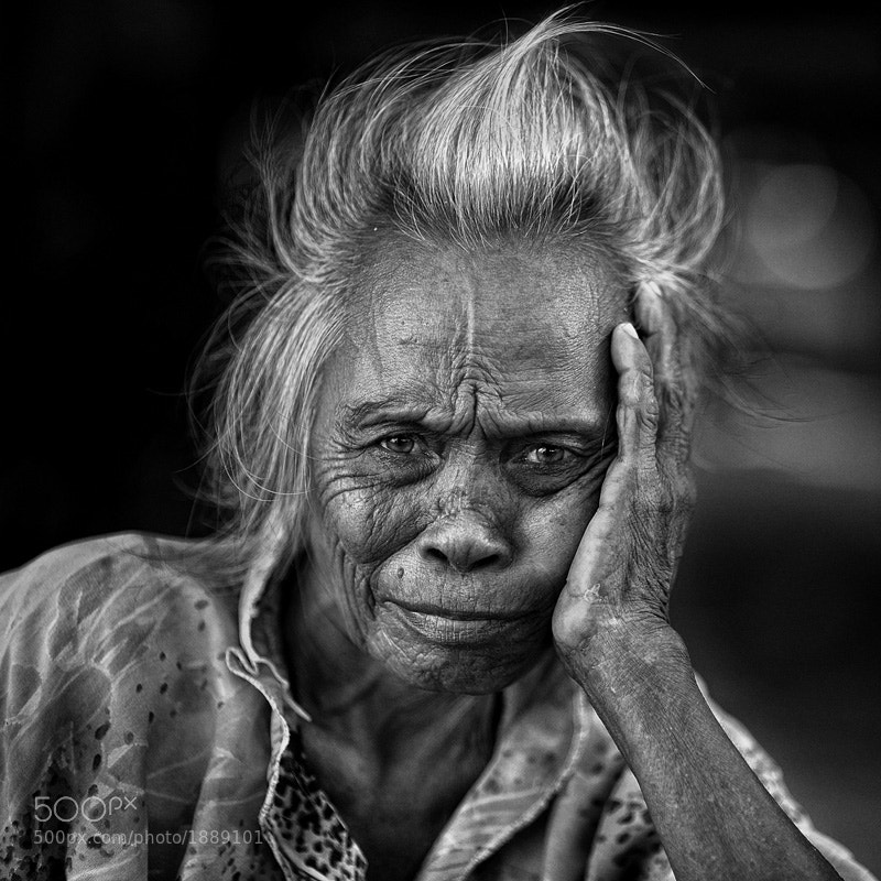 Photograph old woman from Mabul by Yaman Ibrahim on 500px