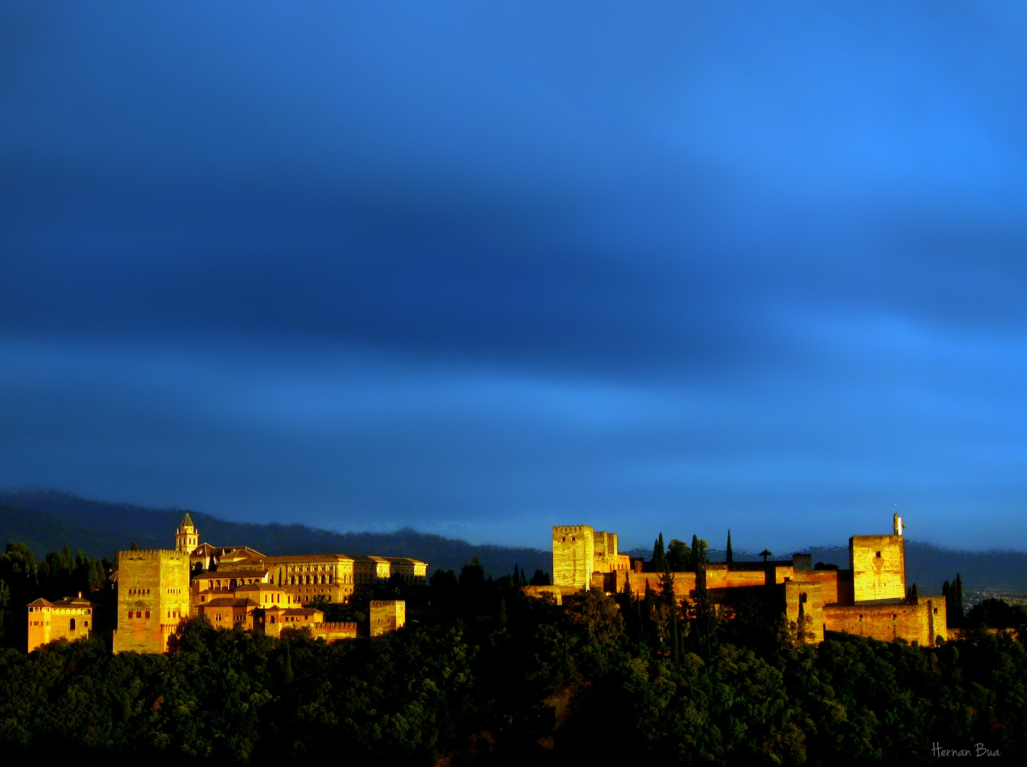 Photograph Alhambra of Grana by Hernan Bua on 500px
