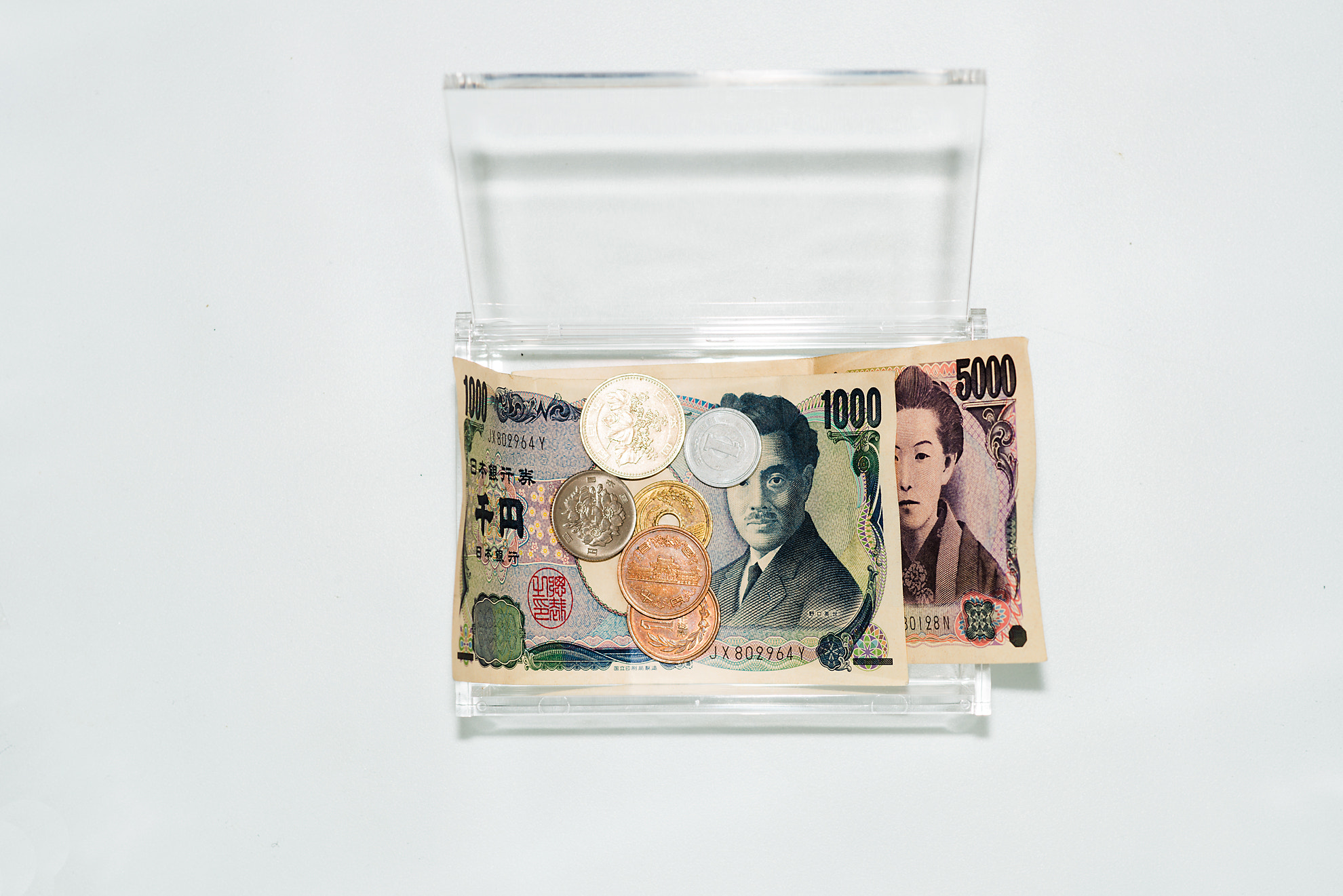 Photograph Sample3. What money In my pockets on my 31st birthday by Keisuke Nagayama on 500px