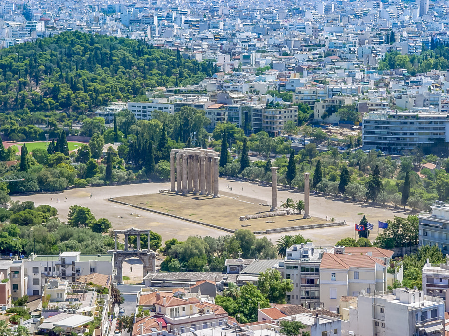 View of the Temple of Olympian Zeus by Júnior Braz on 500px.com