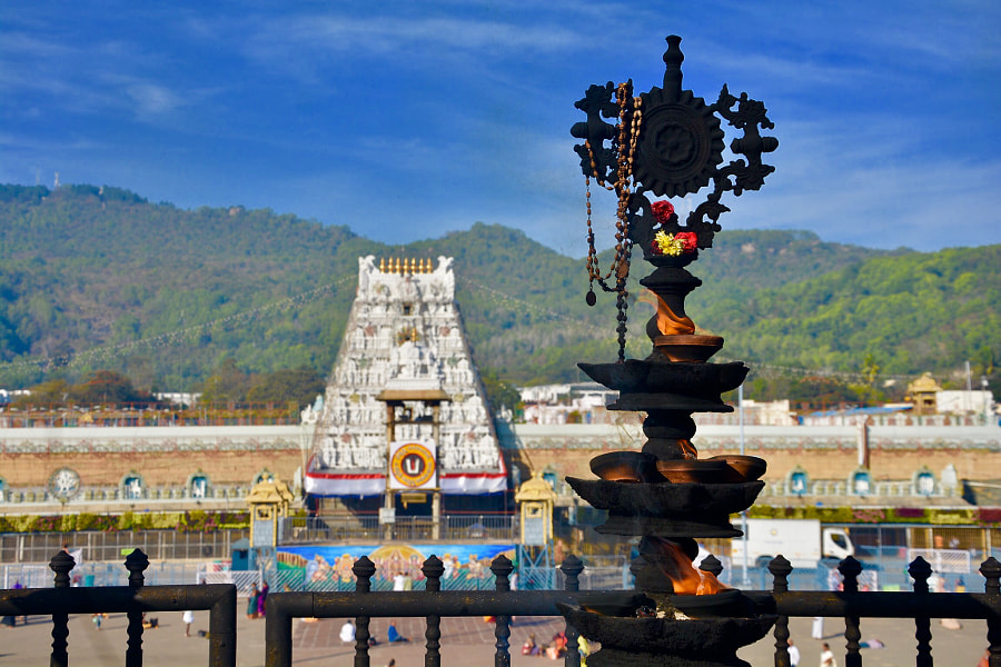 Sri venkateswara swamy temple, Tirumala, Andhra Pradesh, India by Dr.Harsha kasireddy on 500px.com