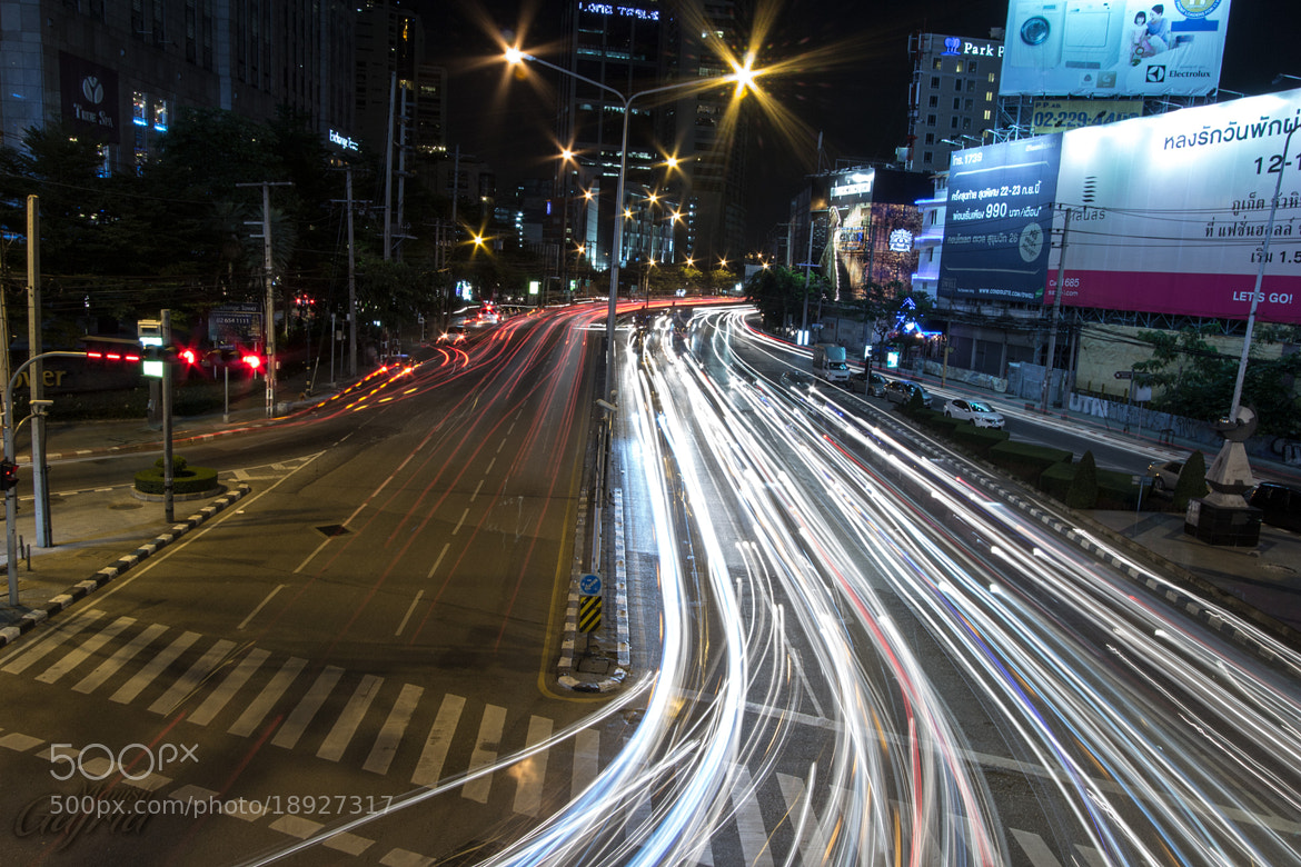 Photograph Traffic Trails on Thanon Ratchadaphisek, Bangkok by Manish Gajria on 500px