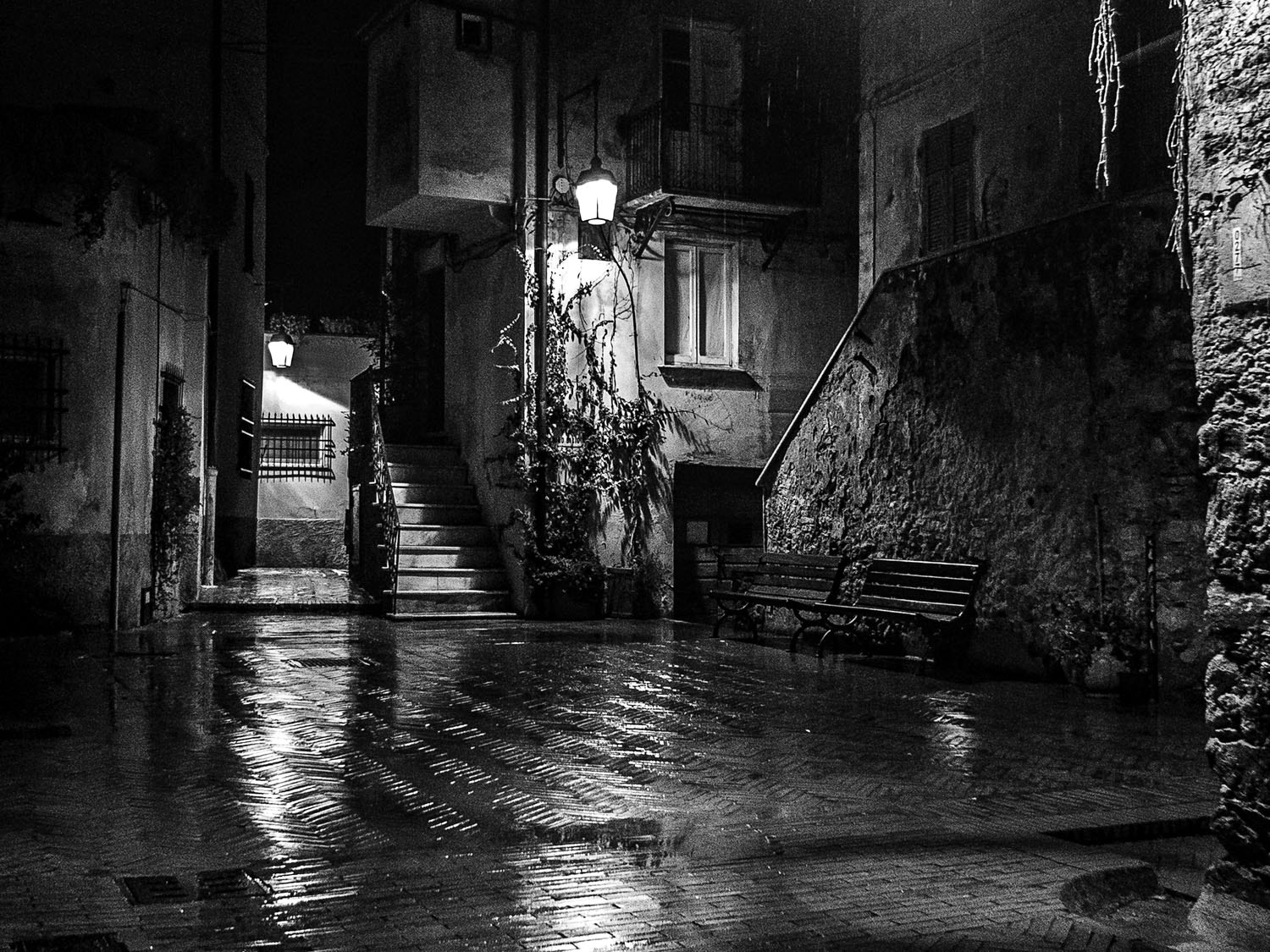 Photograph Night and rain by Claudio L'Estremo Montegriffo on 500px
