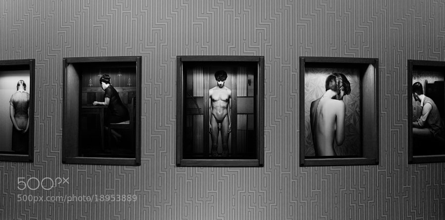 A set of photos made my Erwin Olaf, on exposition at the MMKA in Arnhem.