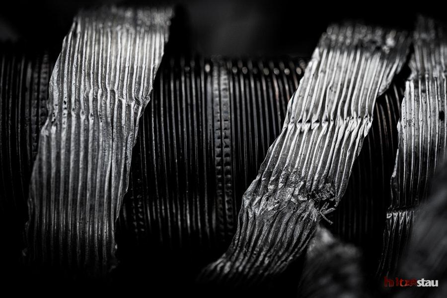 Metallic Ribbons by hitzestau on 500px.com