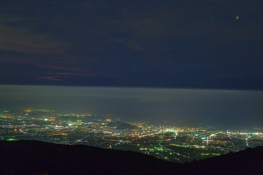 This misty night view is Fukushima city from Jodo-daira (about 1600 meters above the sea).