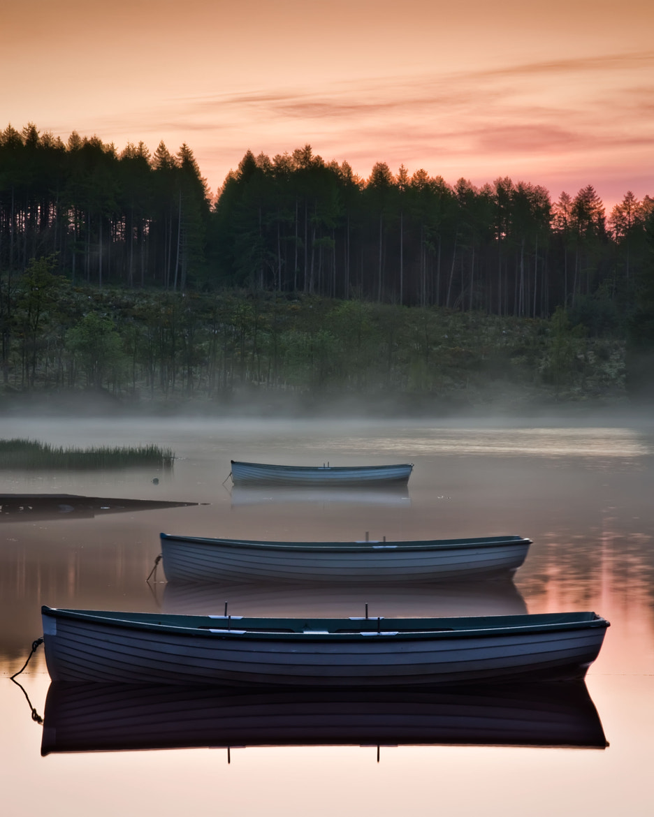 Photograph ...anticipation... Loch Rusky by David Mould on 500px