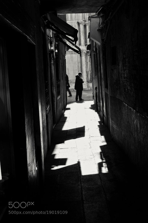 Photograph shadow's drawing by Francesco Iannuzzi on 500px