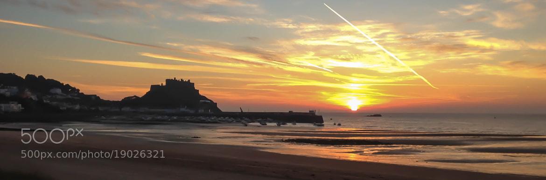 Photograph Sunrise at Mont Orgueil by Darren Kelland on 500px