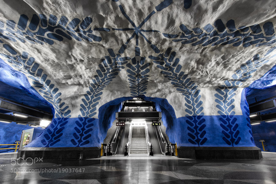 Photograph T-Centralen, symmetric edition by Alexander Dragunov on 500px