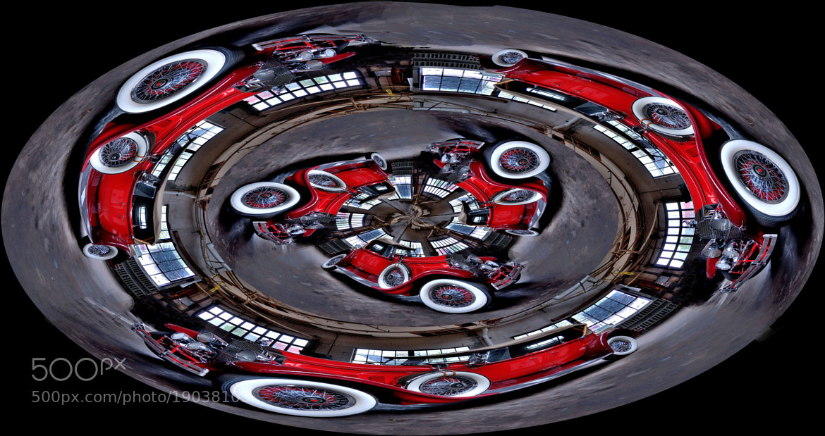 Photograph Red car in a circle by Ron Cramer on 500px