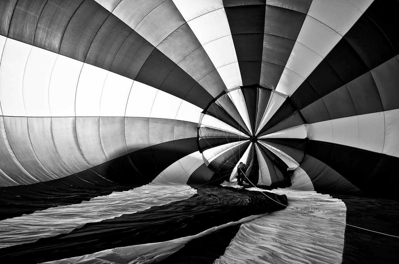 Photograph Inside the balloon by Mat Hieu on 500px