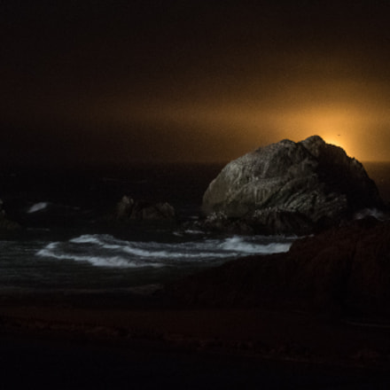Seal Rocks at Night, Panasonic DMC-GM5, Lumix G 42.5mm F1.7 Asph. Power OIS