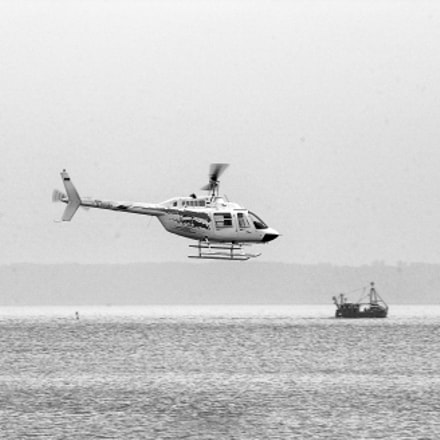 Helicopter over the Baltic, Nikon D1