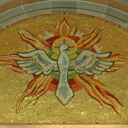 Decorative mosaic, Ste Anne, Nikon COOLPIX L1