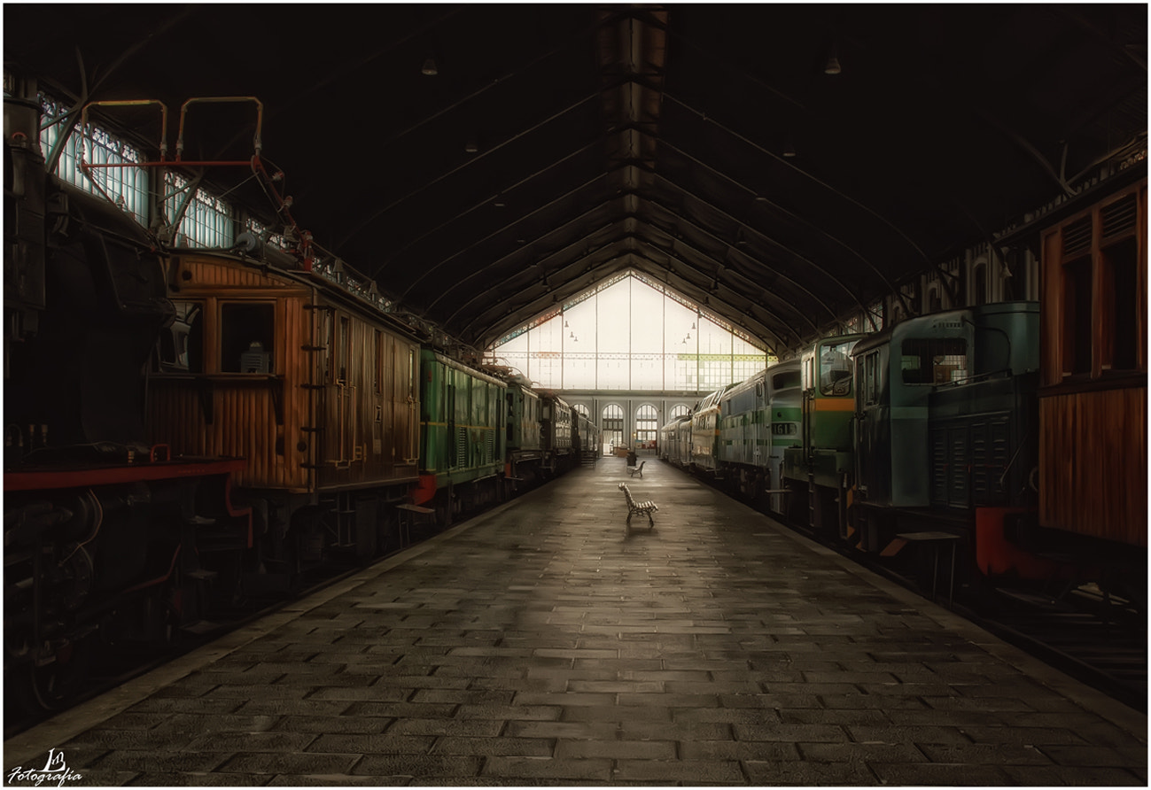 Photograph The old platform by Manuel Lancha on 500px