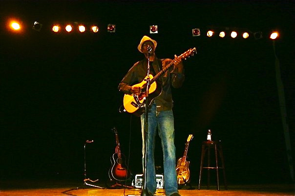 Photograph Keb Mo by Becca Thompson on 500px