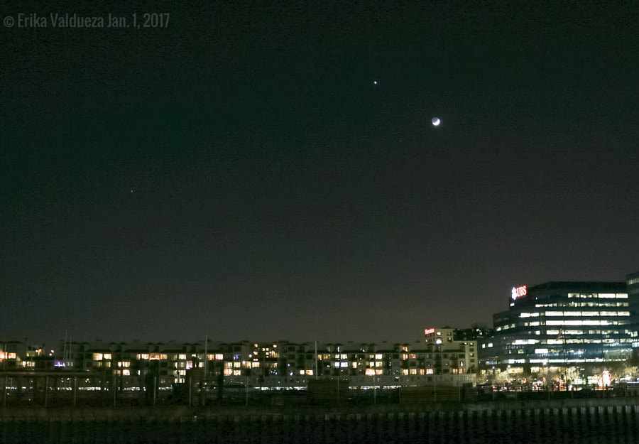 New Year Venus-Moon Conjunction by erika valdueza on 500px.com