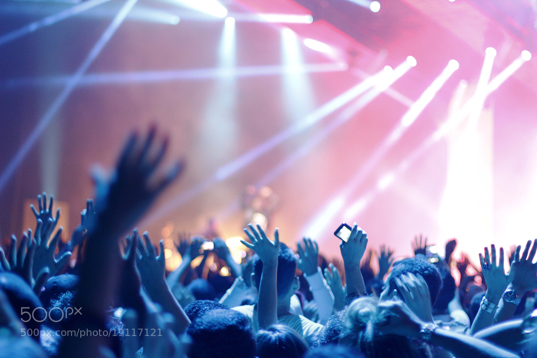 Photograph audience by Ricardo Tavares on 500px