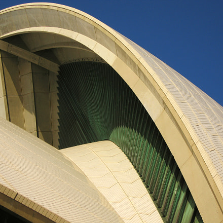 Opera house roof, Canon POWERSHOT S70