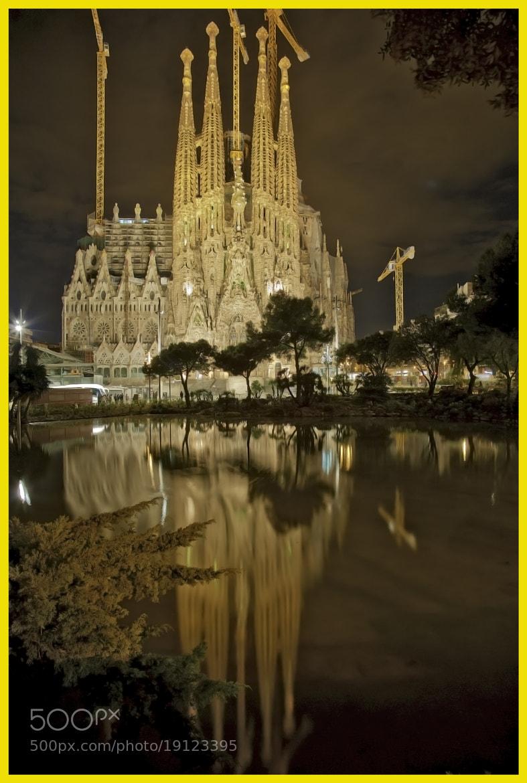 Photograph La Sagrada Familia by Juan Ballesteros López on 500px