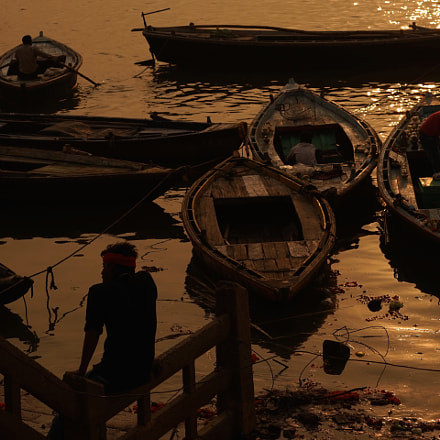 Sunrise on the Ganges, Sony ILCE-7, Sony FE 70-200mm F4 G OSS