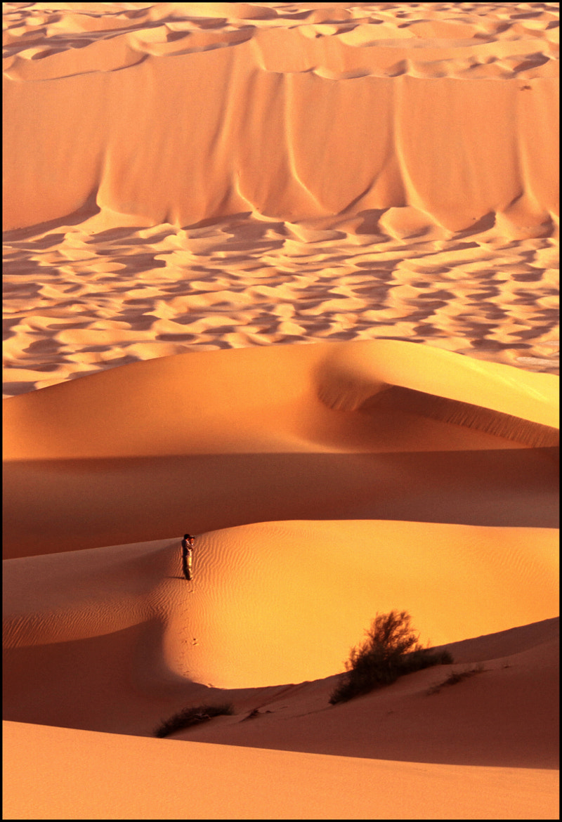Photograph Best way to visualize the vastness of a landscape is to keep a human in the frame. by Kiran Kannan on 500px