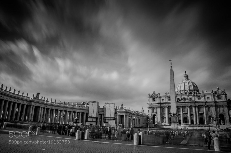 Photograph Frenesie vaticane by Michele Fornaciari on 500px