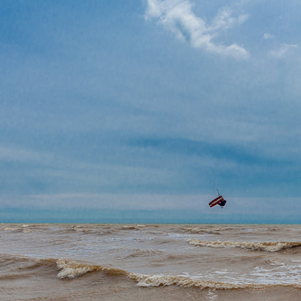 Kite Surfing at Camber, Canon EOS 5D MARK II, Canon EF 20-35mm f/3.5-4.5 USM