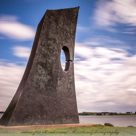 Bronze Monument at Sykes, Canon EOS 5D MARK II, Canon EF 20-35mm f/3.5-4.5 USM